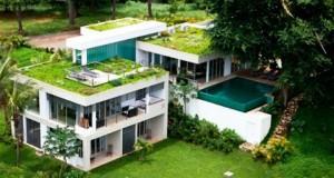 Современный дом в соединении с природой