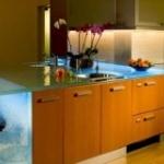 Светящийся океан на кухне